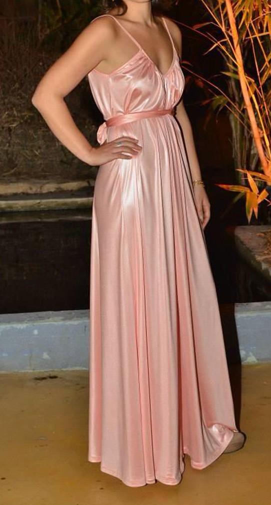 שמלת סטאן בצבע סלמון -לפני